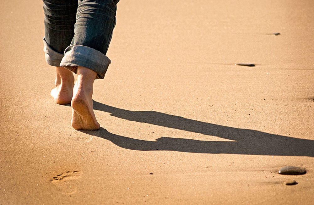 Walking-in-Sand